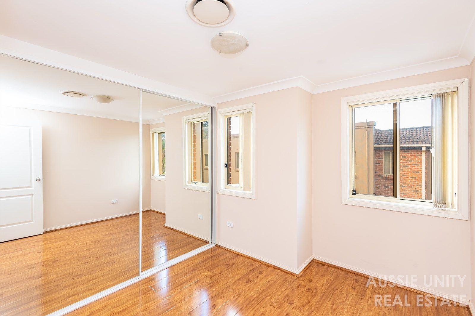 10/23-25 Fuller Street, Seven Hills NSW 2147, Image 1