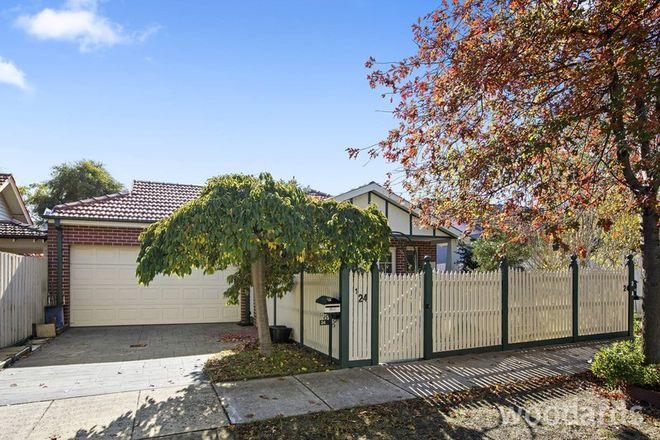 Picture of 1/24 Lawrance Street, MURRUMBEENA VIC 3163