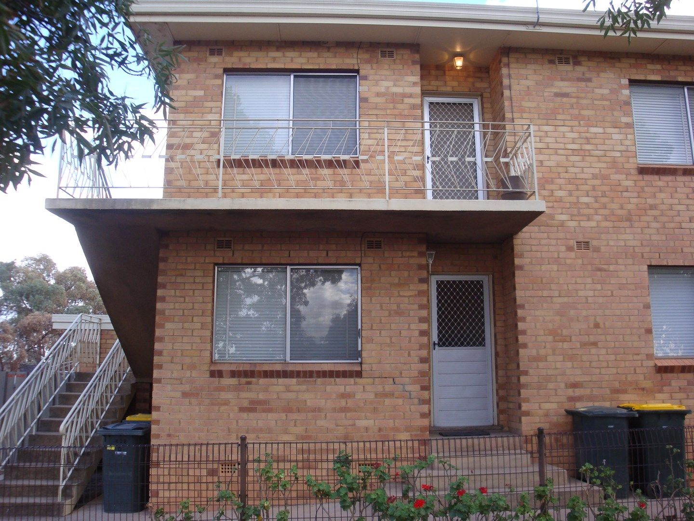 2/228 Wakaden Street, Griffith NSW 2680, Image 1