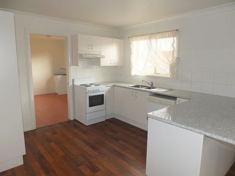 9 Hendrich Street, Narrabri NSW 2390, Image 2