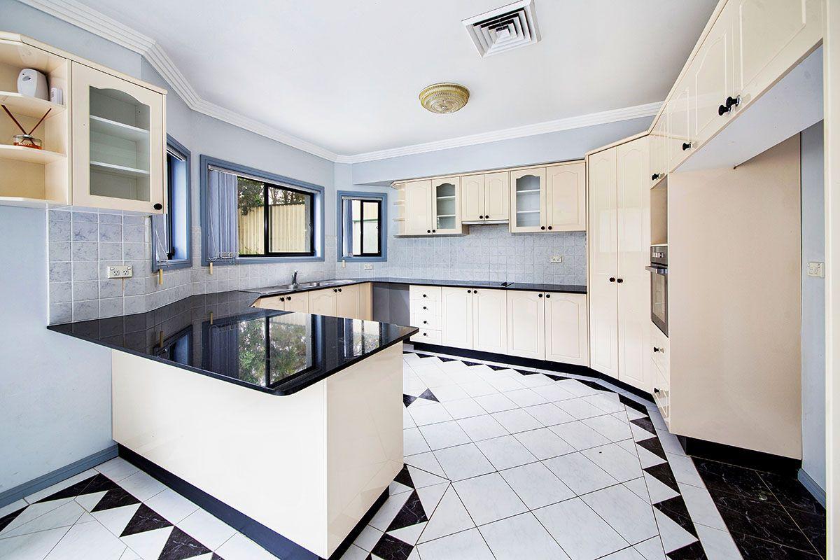 5 Parkwood Drive, Menai NSW 2234, Image 0