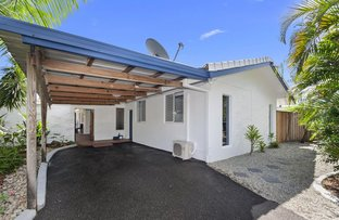 Picture of 5 Mimosa Street, Holloways Beach QLD 4878