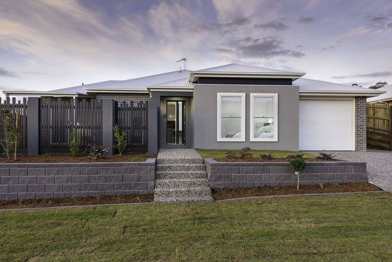13 Grace View Street, Darling Heights QLD 4350, Image 0