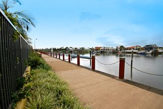 59/57 Grand Parade, Parrearra QLD 4575, Image 2