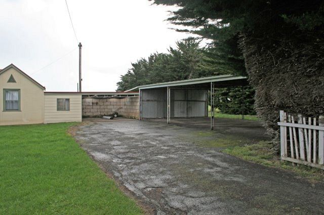 300 Osullivans Road, Wangoom VIC 3279, Image 1
