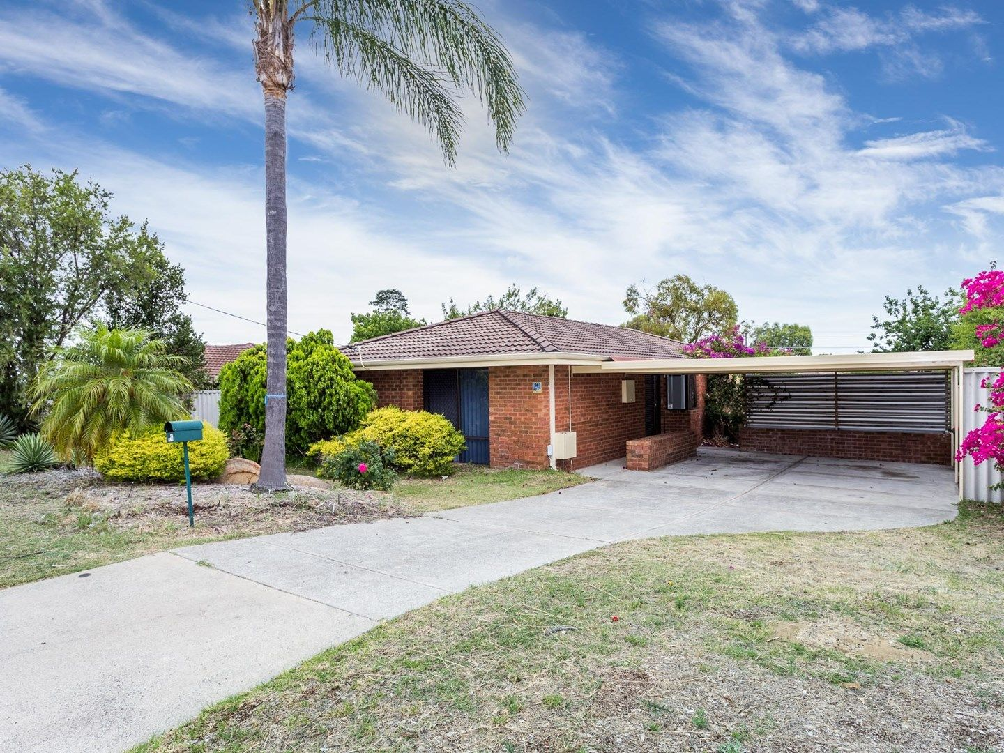 16 Blackthorne Crescent, South Lake WA 6164, Image 0