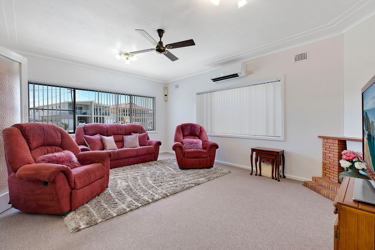 10 Eloora Road, Long Jetty NSW 2261, Image 1