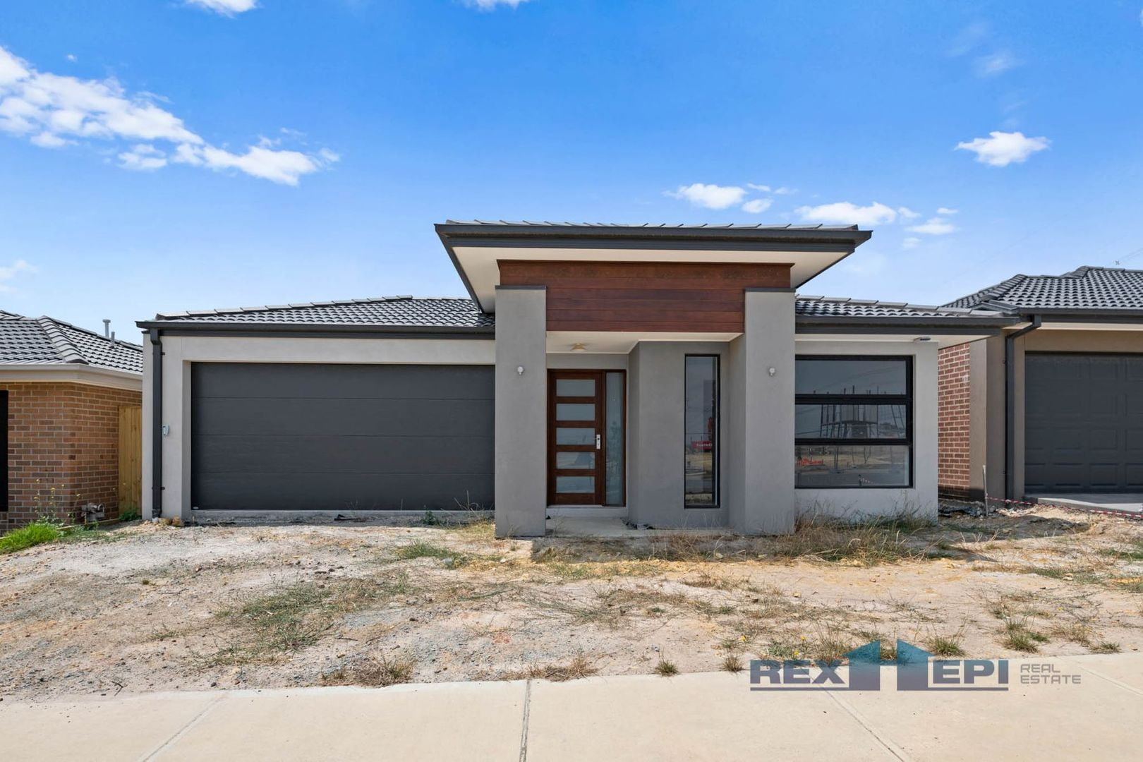 27 Paragon Drive, Clyde North VIC 3978, Image 0