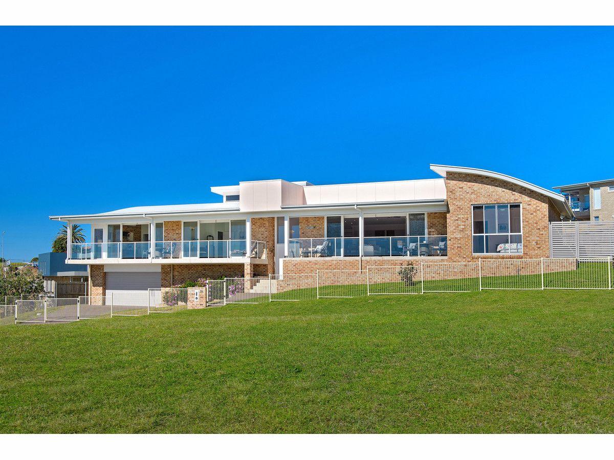 22 Glenelg Crescent, Red Head NSW 2430, Image 1