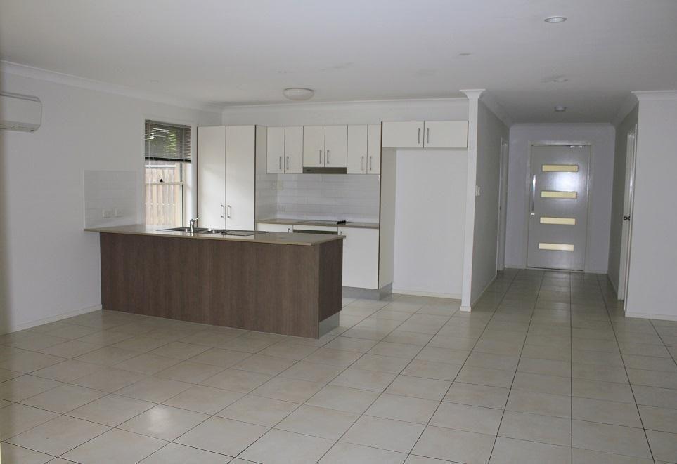 19 Lenton Street, Coomera QLD 4209, Image 2