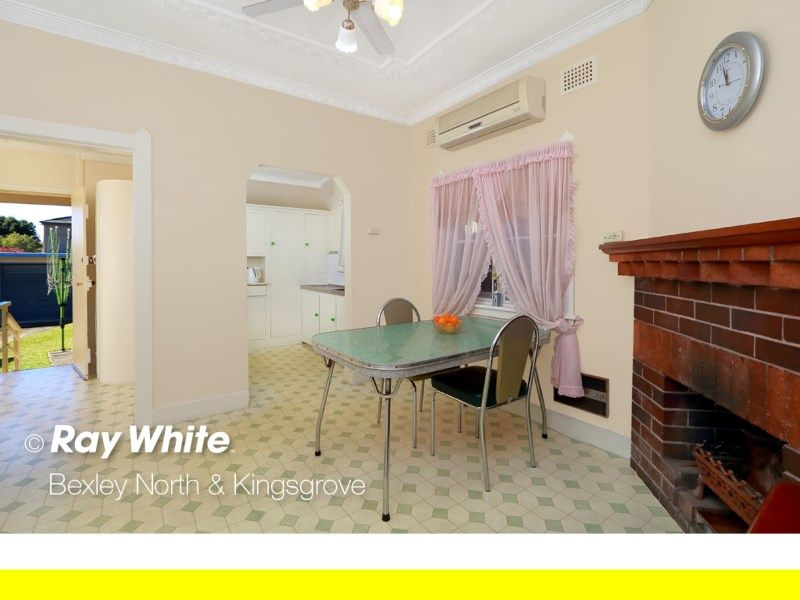 4 Shackel Avenue, Kingsgrove NSW 2208, Image 2