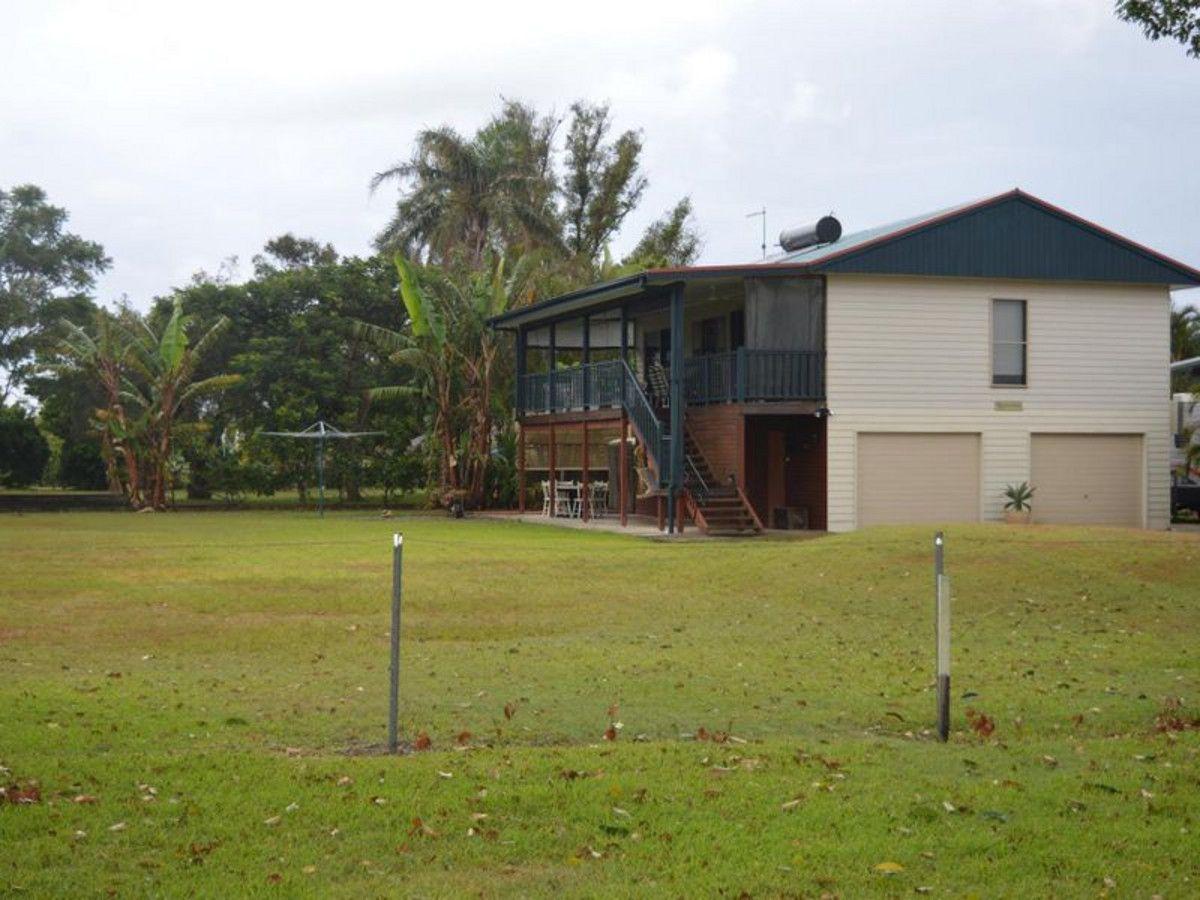 2 Yamba Street, Palmers Island NSW 2463, Image 0