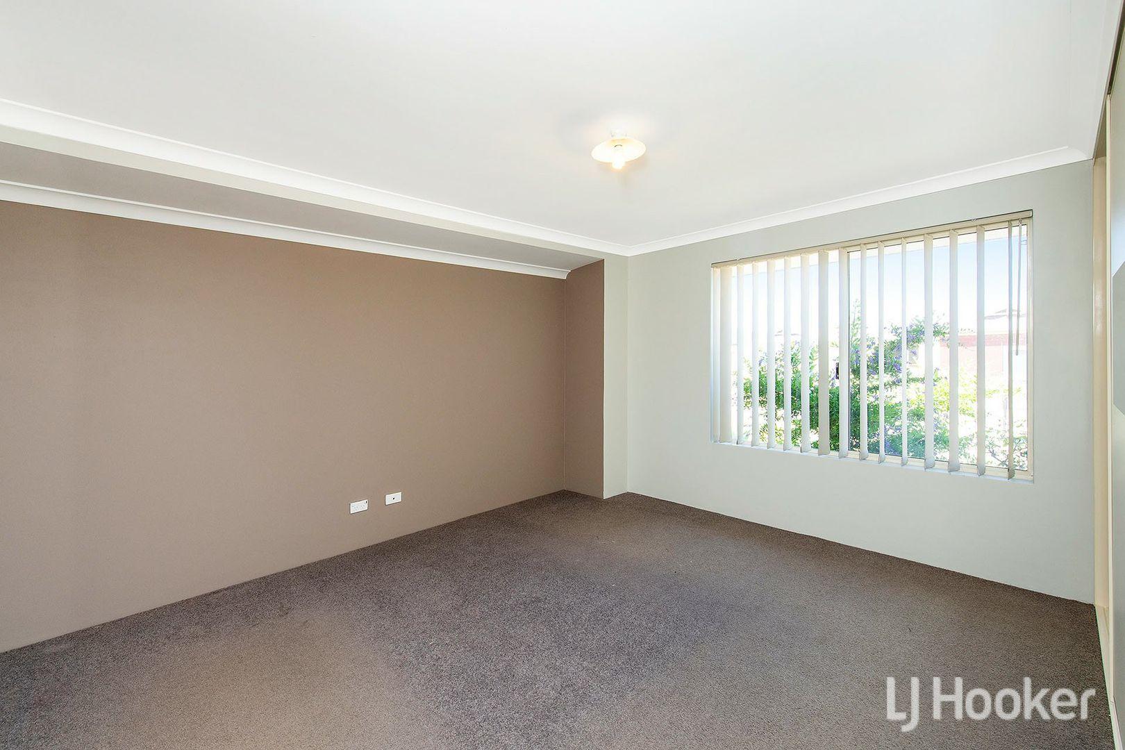 127 Macquarie Drive, Australind WA 6233, Image 2