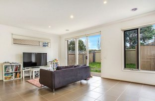 Picture of 17 Broadbeach Circuit, Point Cook VIC 3030
