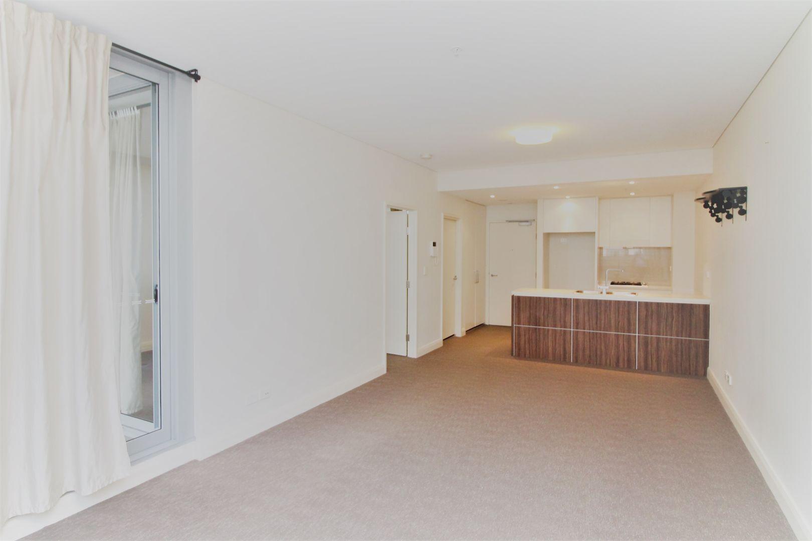Unit 507/101 Forest Rd, Hurstville NSW 2220, Image 2