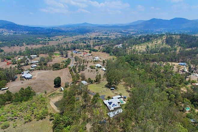 Picture of 9 Lake View Close, SAMSONVALE QLD 4520