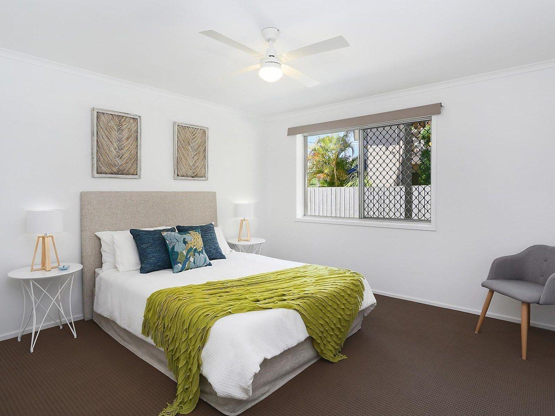 5/4 Nyrang Avenue, Palm Beach QLD 4221, Image 0