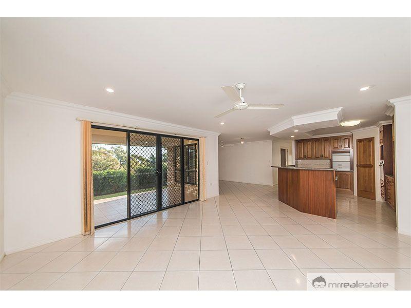 10 Cobble Court, Norman Gardens QLD 4701, Image 2