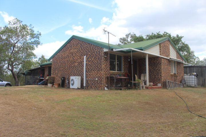 112 Martin Tobin Rd, Horse Camp QLD 4671, Image 2
