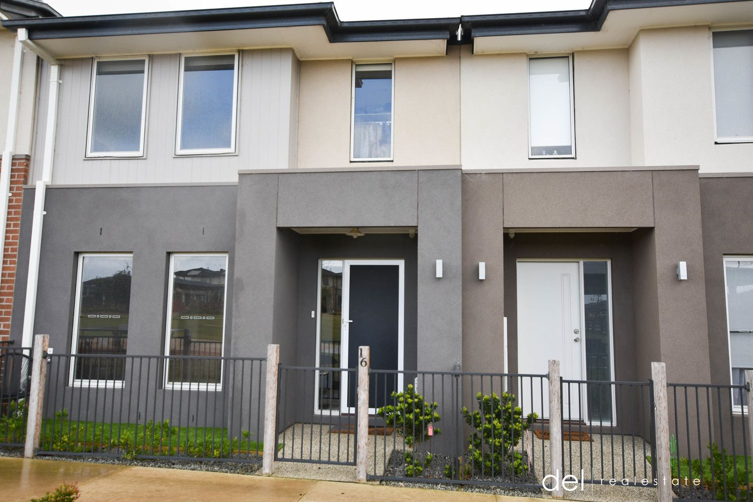 16 Honeybrook Lane, Clyde VIC 3978 - Townhouse For Rent