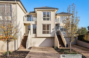 Picture of 2/1-9 Eagleview Place, Sanctuary Lakes VIC 3030