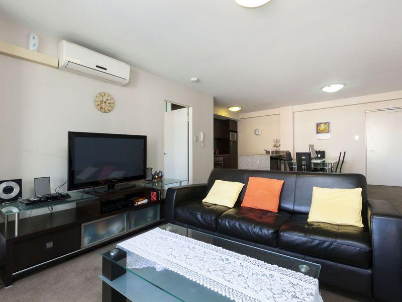 64/118 Adelaide Terrace, East Perth WA 6004, Image 2