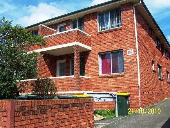 8/180 Lindesay Street, Campbelltown NSW 2560, Image 0