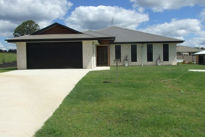 Picture of 7 Naomi Drive, CROWS NEST QLD 4355