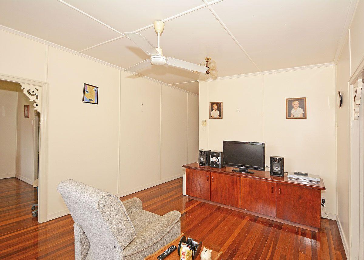 6 Crawford Street, Torbanlea QLD 4662, Image 2
