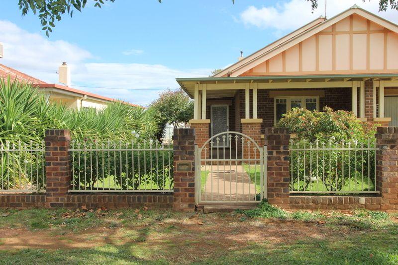 114B DeBoos Street, Temora NSW 2666, Image 0