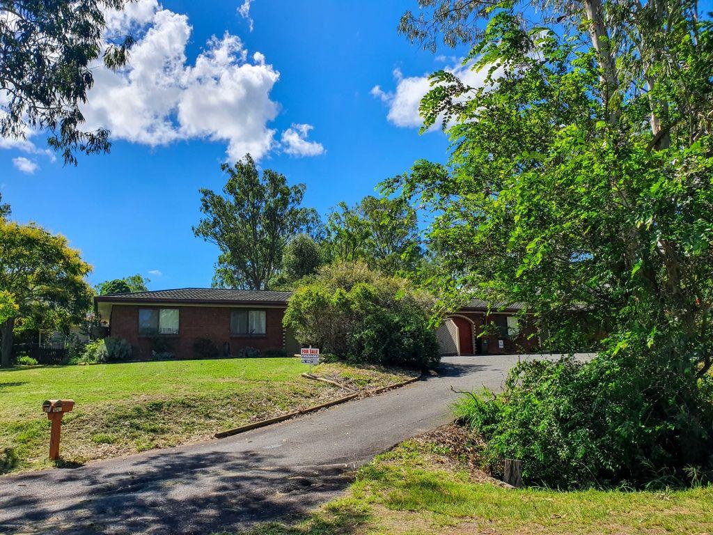 Unit 2 6 Drayton Street, Nanango QLD 4615, Image 1