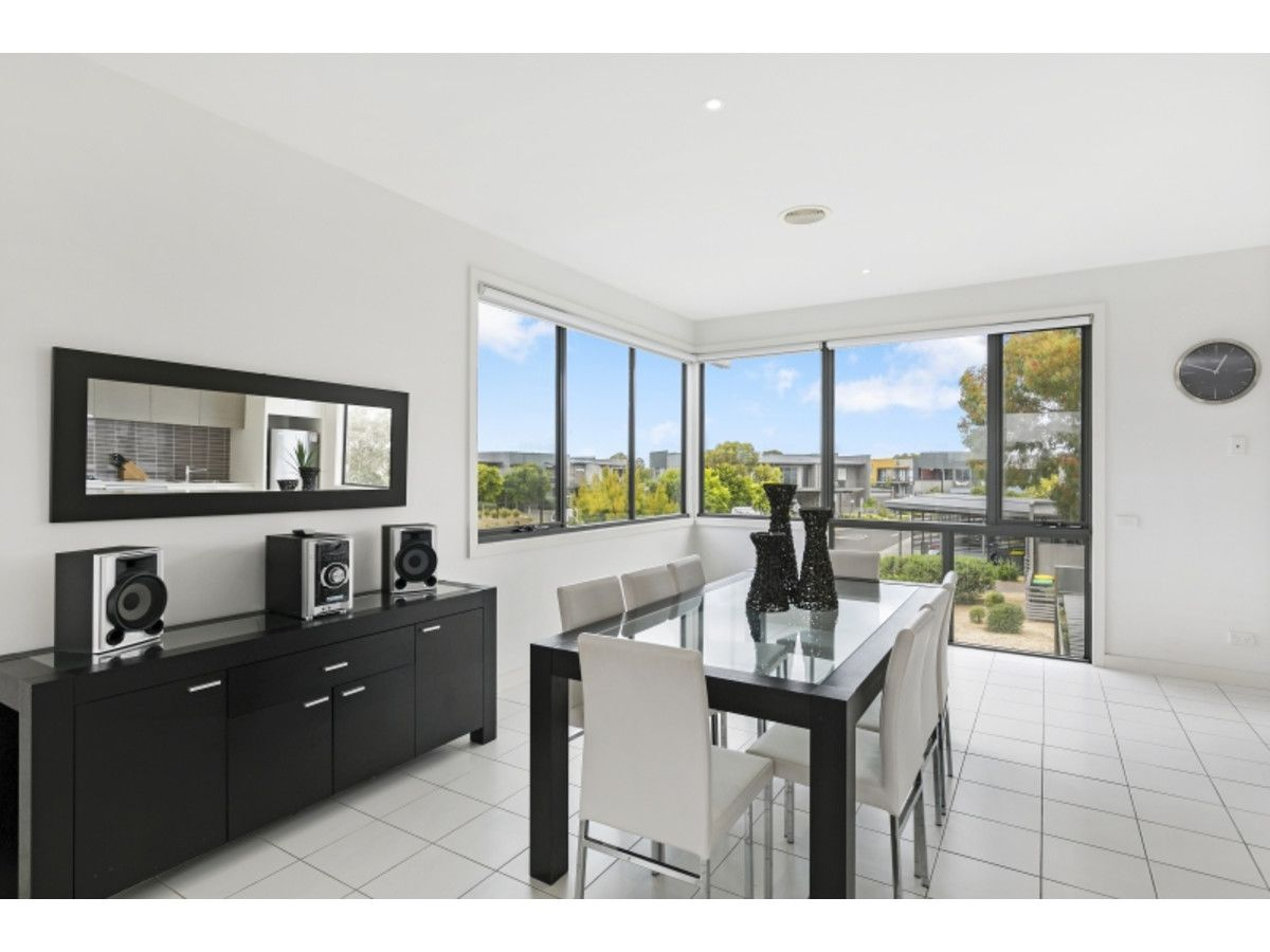 2 Sunset Place, Torquay VIC 3228, Image 2