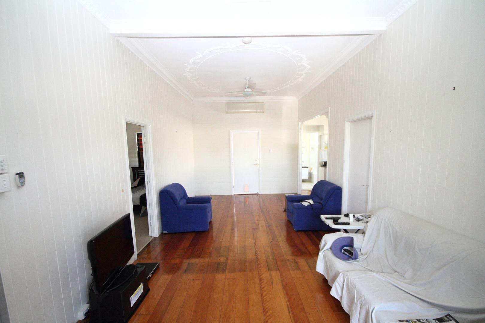 15 Park Street, Pimlico QLD 4812, Image 2