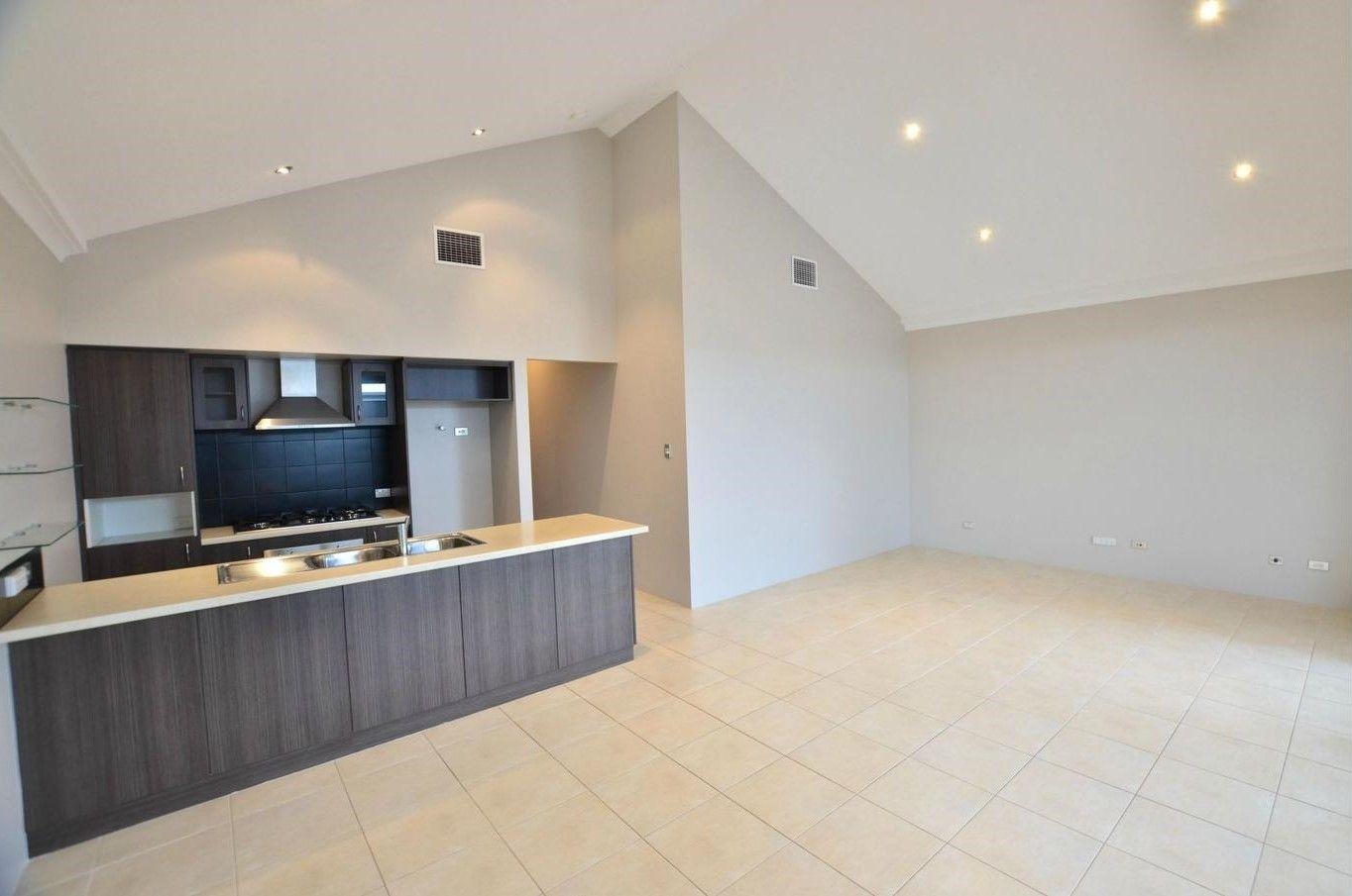 17 Pineroo Terrace, Ellenbrook WA 6069, Image 0