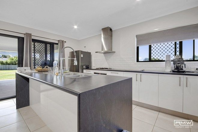 Picture of 2 Parkview Drive, ROSSLYN QLD 4703