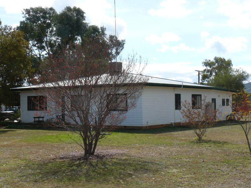 """"""" Araluen """", """" Finschaffen """", """" Kiaora East """", Bingara NSW 2404, Image 2"""