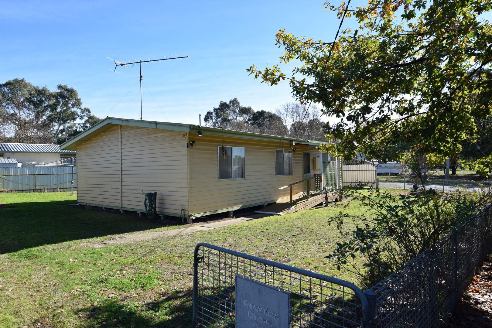 4876 Wangaratta Whitfield Road, Whitfield VIC 3733, Image 1