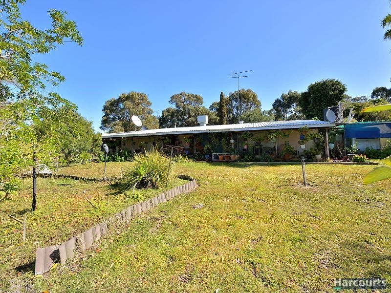 262 Newnham Road, Lake Clifton WA 6215, Image 2