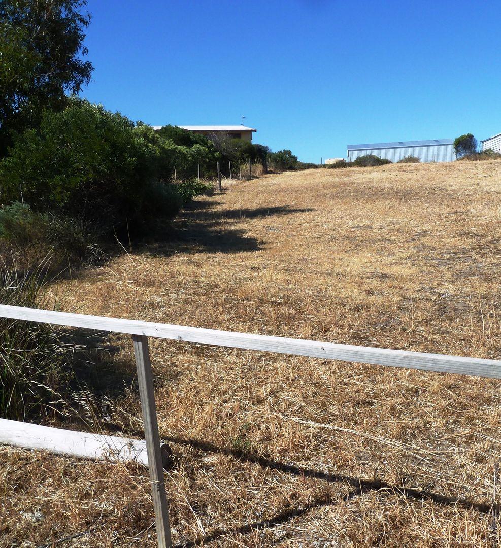 30 Flinders Highway, Elliston SA 5670, Image 0