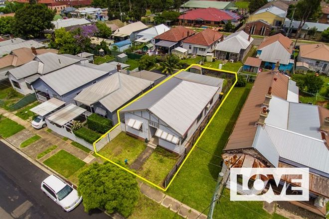 Picture of 90 Fawcett Street, MAYFIELD NSW 2304
