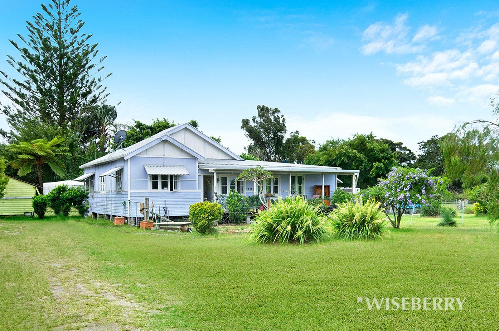 35 Hoggs Lane, Mitchells Island NSW 2430, Image 0