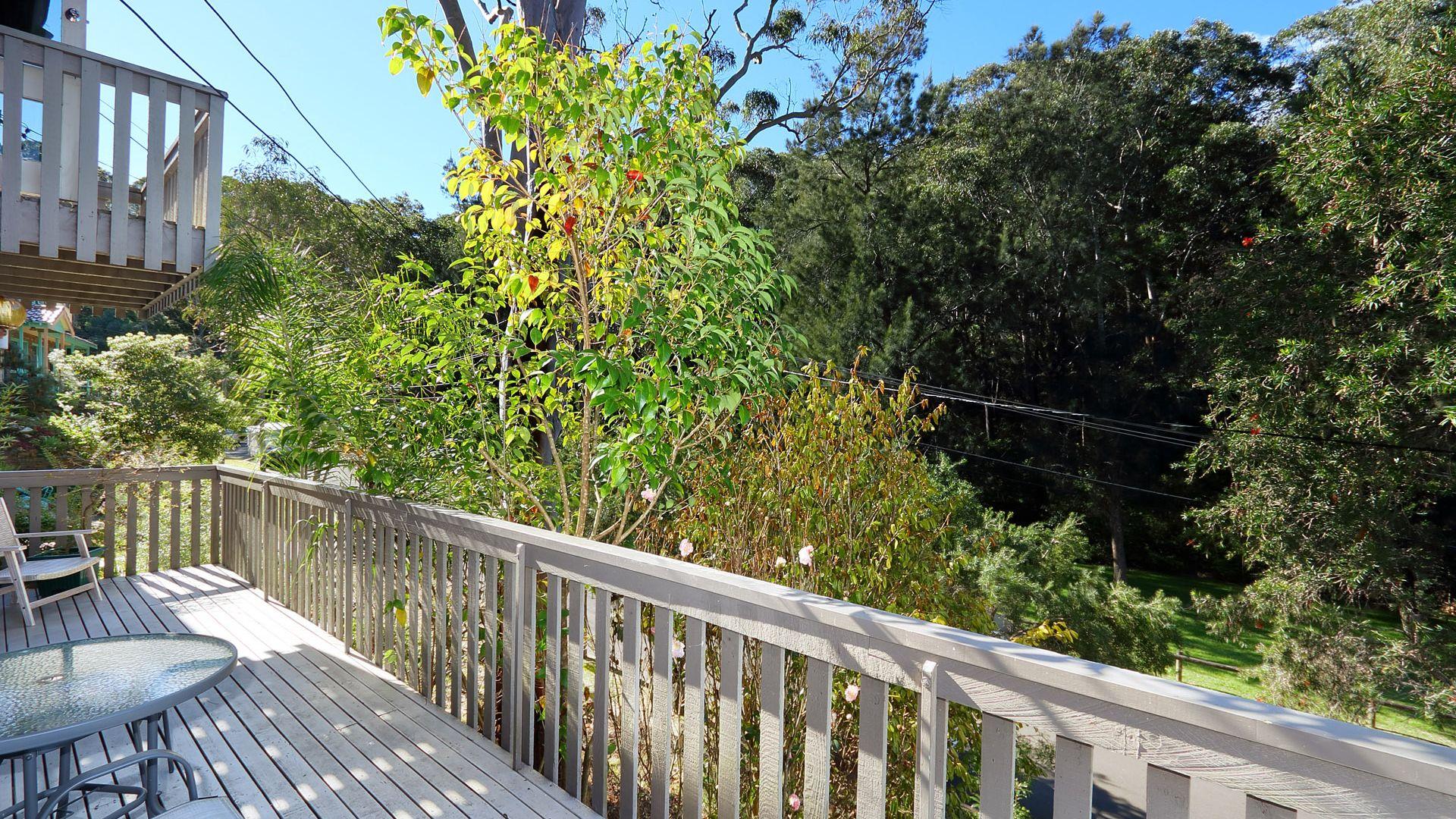 4 Jinna Road, Peakhurst Heights NSW 2210, Image 2