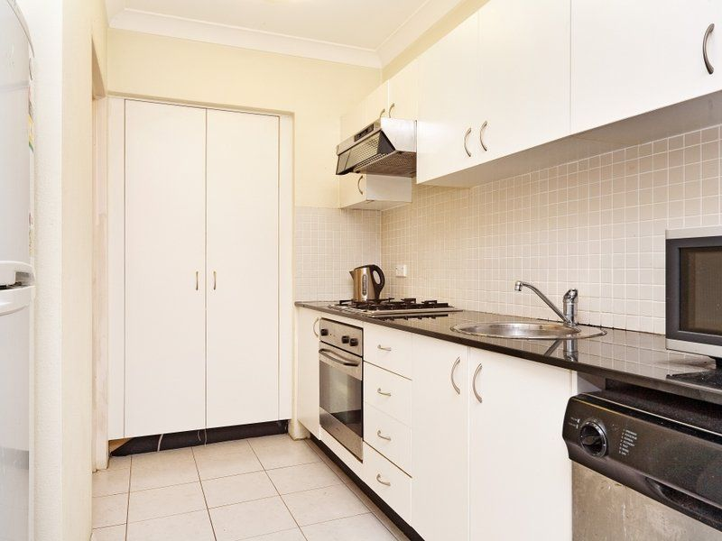 Unit 28/11-21 Rose Street, Chippendale NSW 2008, Image 2