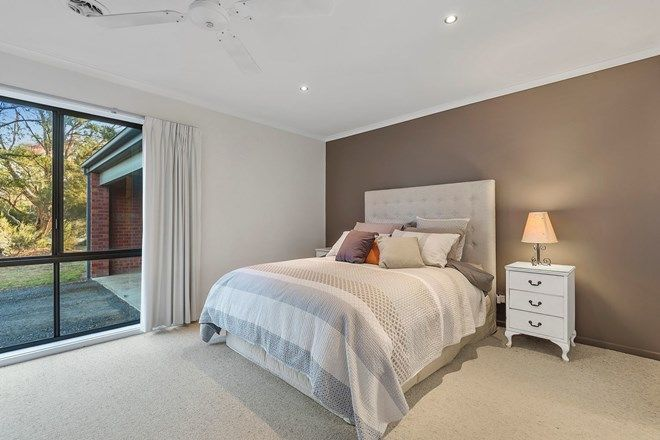 Picture of 8 Conboy Court, ASCOT VIC 3551