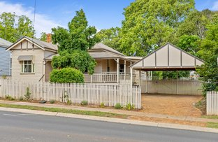 Picture of 4 Lindsay Street, East Toowoomba QLD 4350