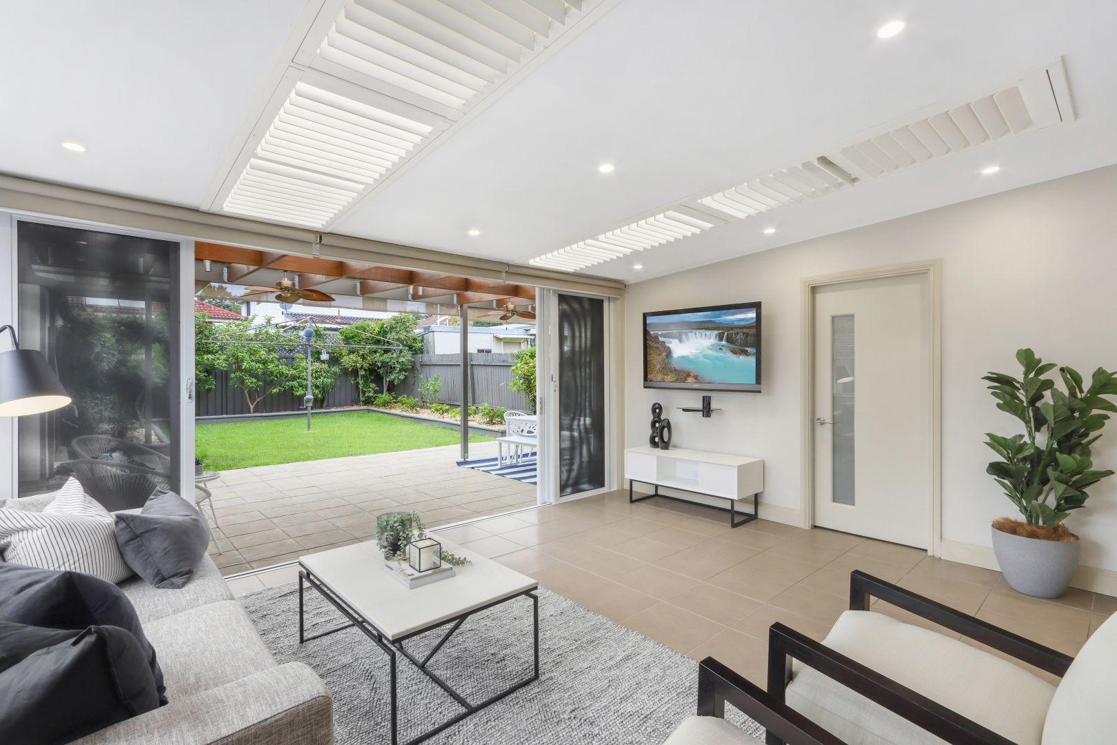 16 Edward Street, Kingsgrove NSW 2208, Image 2