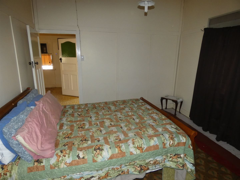 14 Park Street, Chinchilla QLD 4413, Image 2