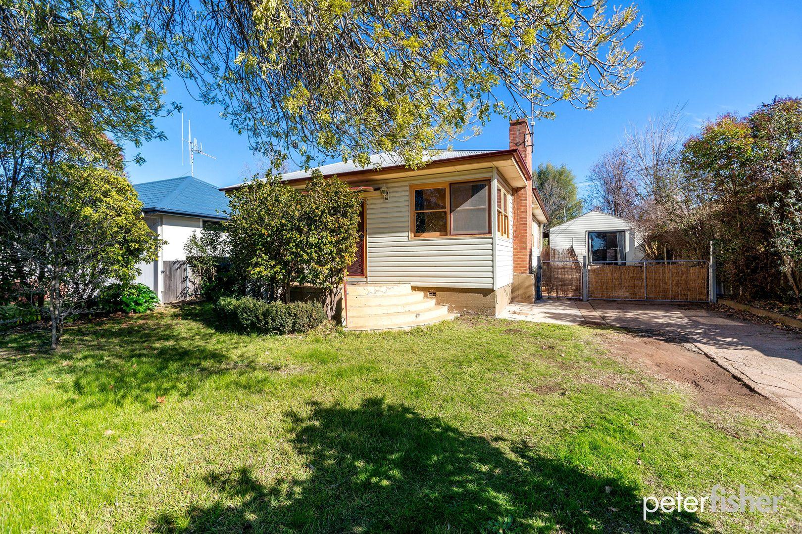 11 Burrendong Way, Orange NSW 2800, Image 0