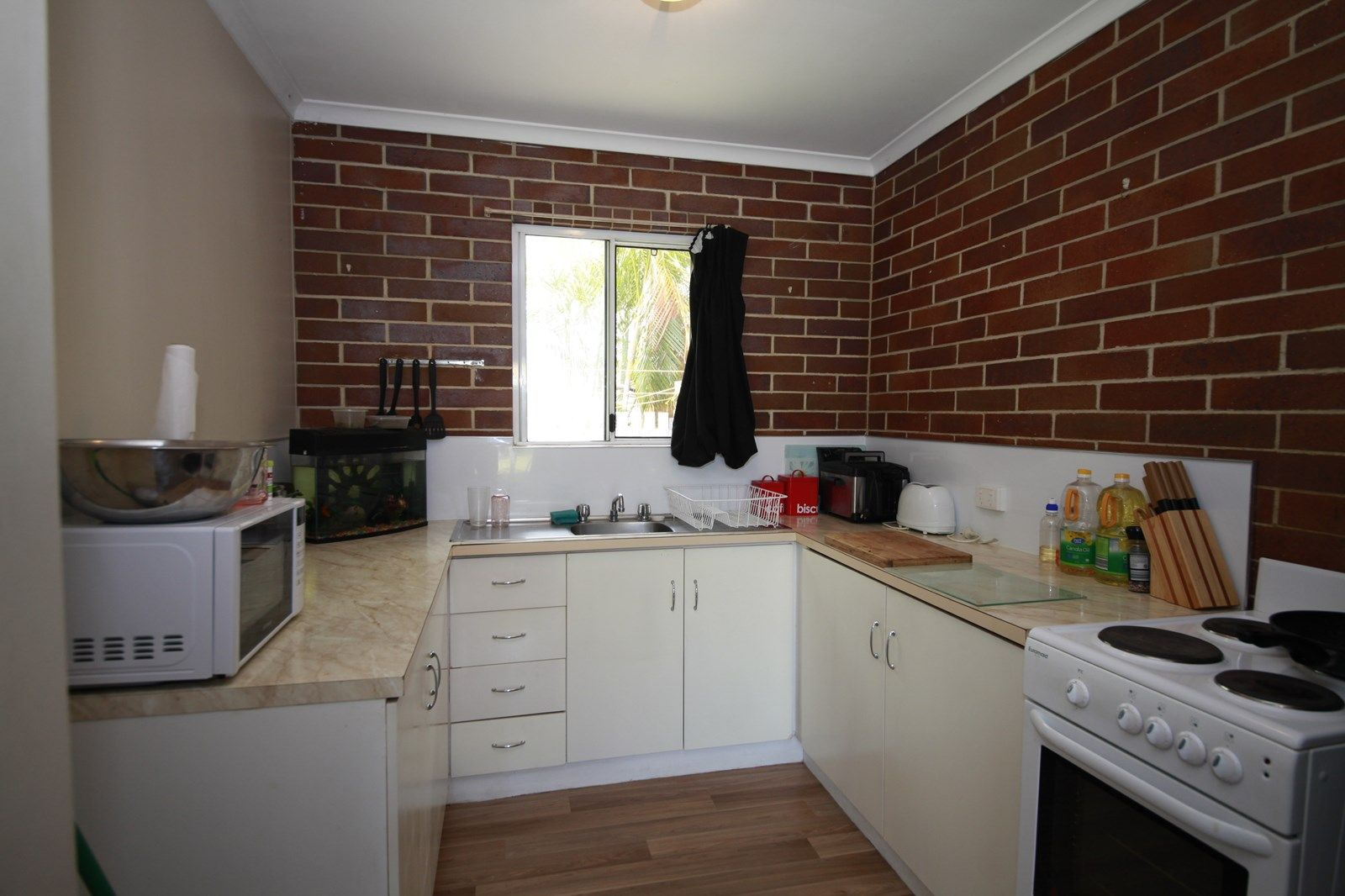 Unit 4/28 Churchill St, Maryborough QLD 4650, Image 1