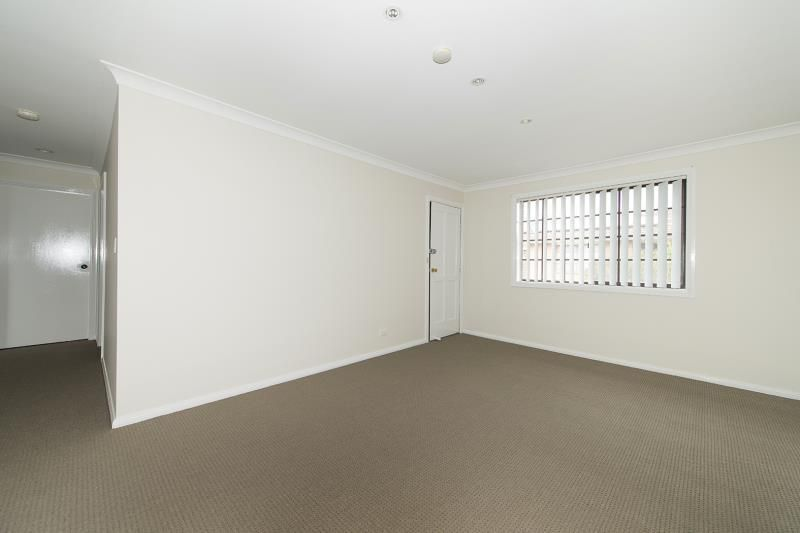 3/5 Kenarf Close, Kingswood NSW 2747, Image 2